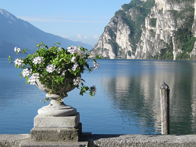 Italian Lakes & Verona with Naomi Boutique Kosher Tours