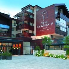 Alpen-Karawanserai-Passover-Hotel.jpg