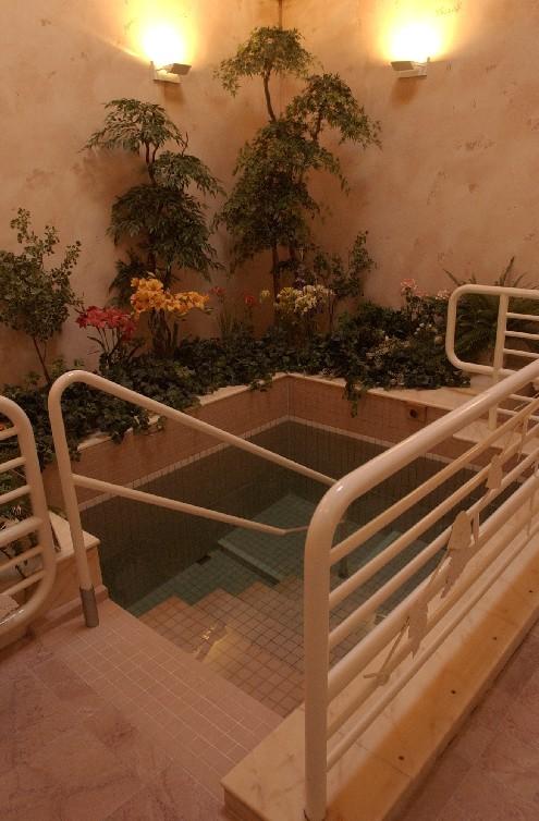 chabad-of-oregon-mikvah-shoshana-jewish-ritual-bath-pool