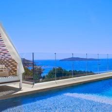 sephardi-passover-me-ibiza-terrace-pool-the-rooftop
